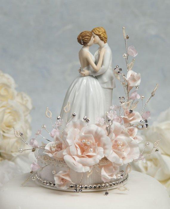 Kissing Brides